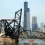 Beautiful: Skyscrapers as well as industrial and transportation landmarks line the Chicago River. Photo: Tom Drebenstedt